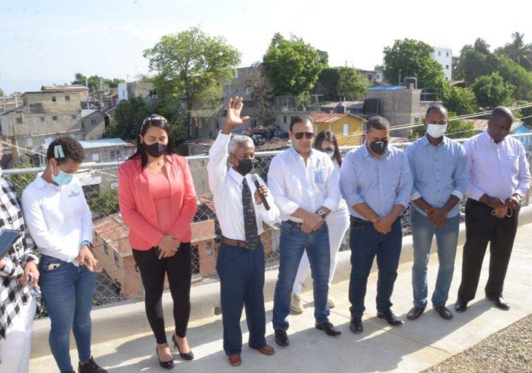 VIDEO   Alcalde de Santiago entrega obra en El Rincón de El Ejido
