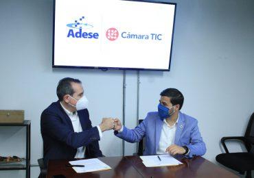 Cámara TIC y ADESE firman acuerdo de colaboración interinstitucional
