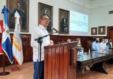 Entregan más de 127 millones de pesos para obras pequeñas y medianas en Santiago