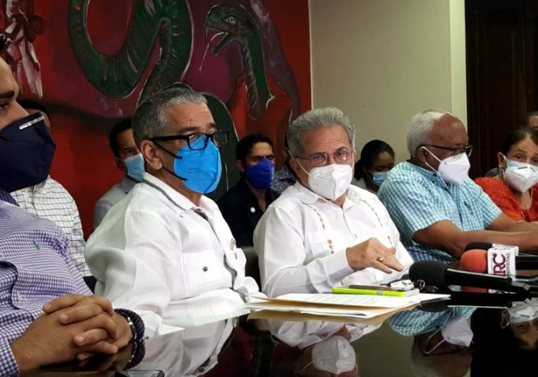 Médicos ratifican llamado a huelga por siete días contra ARS Humano a partir de este lunes