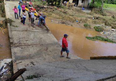 Lluvias causan daños en Jarabacoa