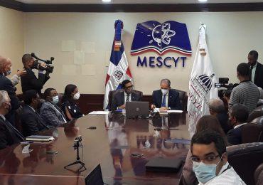 VIDEO | MESCYT y la Universidad de Oxford dotaran becas a alumnos dominicanos
