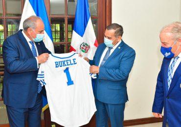 Licey invita a presidente Nayib Bukele a lanzar primera bola