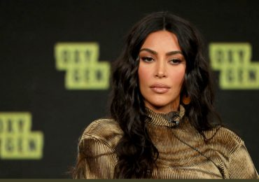 Demandan a Kim Kardashian por supuesta violación de derechos a trabajadores latinos