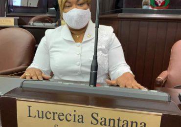 Diputada Lucrecia Santana  insta a munícipes SDN a acudir a vacunarse contra el Covid-19