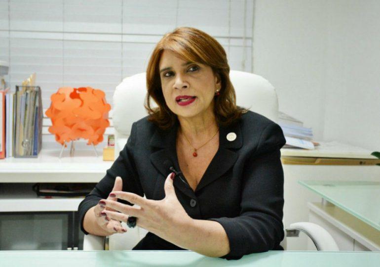 El curioso post de la exviceministra de Salud Pública Ivelisse Acosta