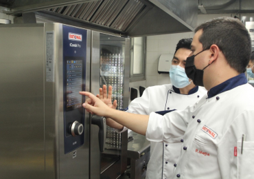 PUCMM se posiciona en Centroamérica y Caribe pionera en innovación tecnológica en equipos gastronómicos