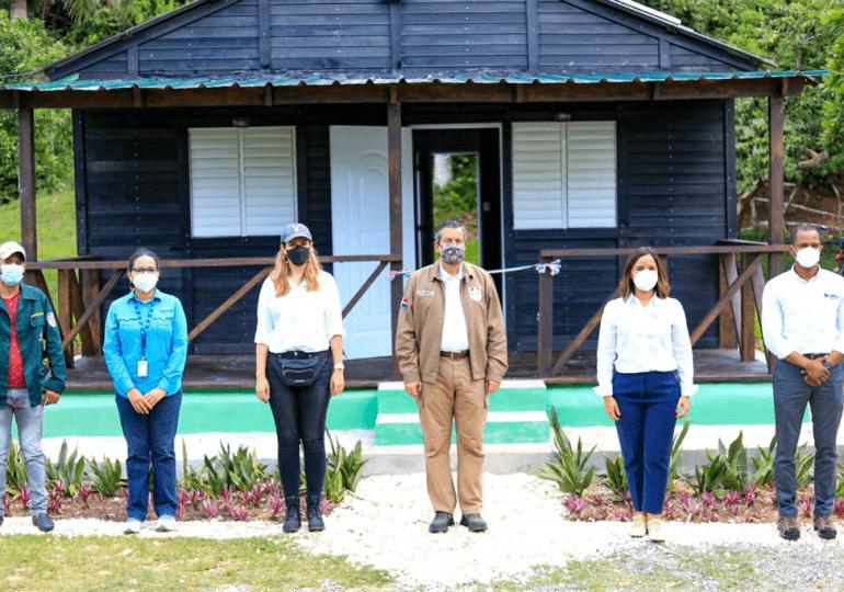 Medio Ambiente y Nature Power Foundation inauguran primera caseta sostenible para guardaparques