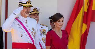 """Letizia Ortiz: entre el amor por Felipe, el apodo de """"Cenicienta roja"""" y las críticas de los españoles"""