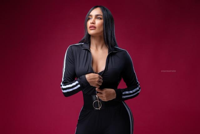 Cantautora Rosalinda Silver estrena dos sencillos dedicado a las mujeres