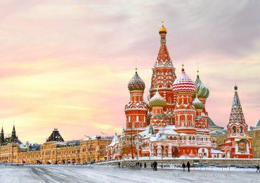 Turismo para multimillonarios y cine: los grandes proyectos de Moscú en el espacio