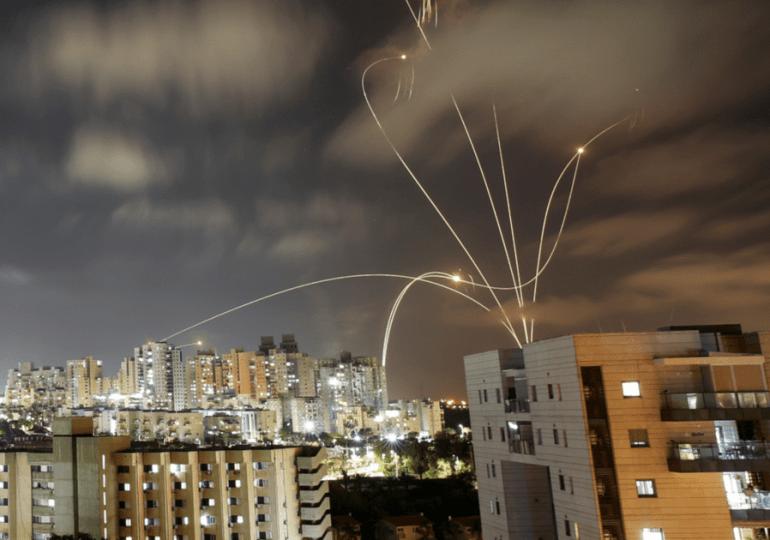 Choques entre Israel y palestinos dejan unos 70 muertos y movilizan a la comunidad internacional
