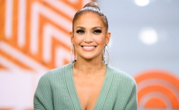 Jennifer López sigue juntándose con sus viejos amores