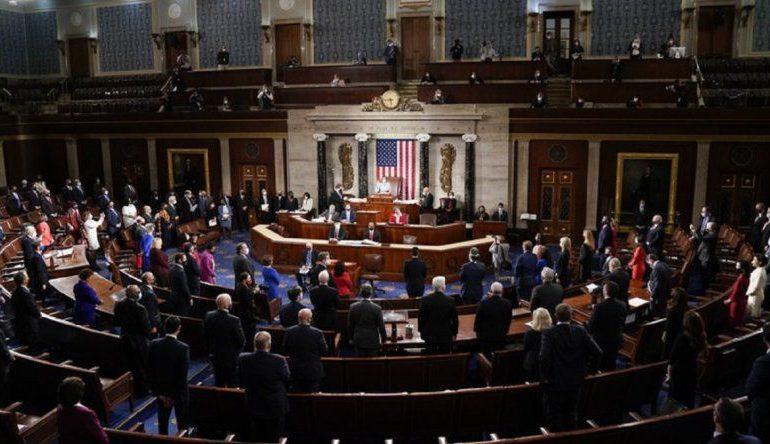 Congreso de EEUU aprueba proyecto de ley para frenar violencia contra asiáticos