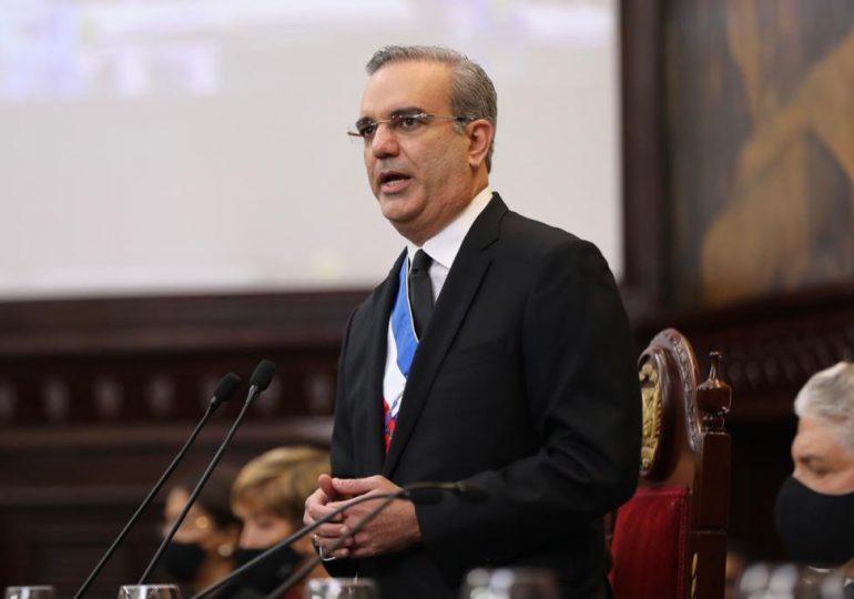 Presidente Abinader sale esta tarde a Ecuador para participar en toma posesión Lasso