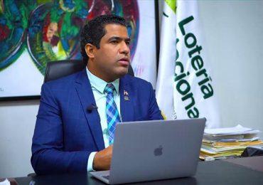 Michell Dicent dice acepta destitución de Lotería con la misma humildad con que recibió