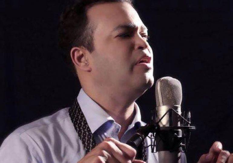 """Alex Bueno anuncia concierto """"Bohemio"""" para las madres en Hard Rock Café Santo Domingo"""