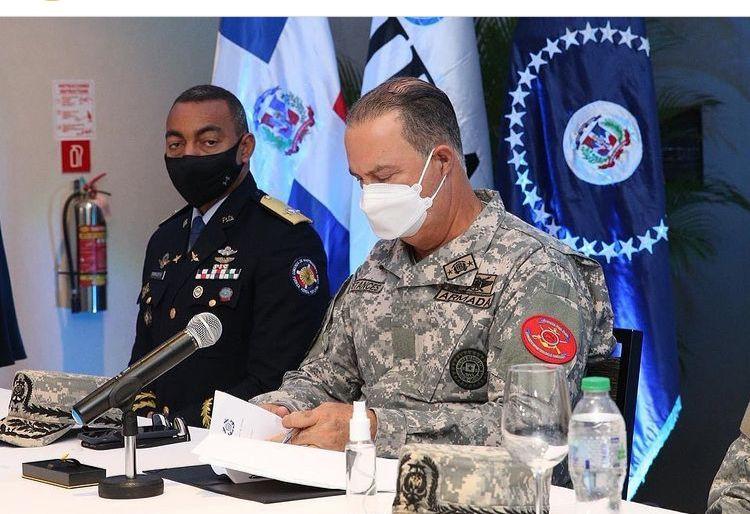 Instituciones gubernamentales firman protocolo de búsqueda y salvamento en accidentes aéreos