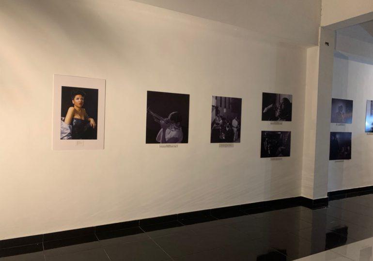 Inauguran exposición fotográfica sobre leyendas del Jazz