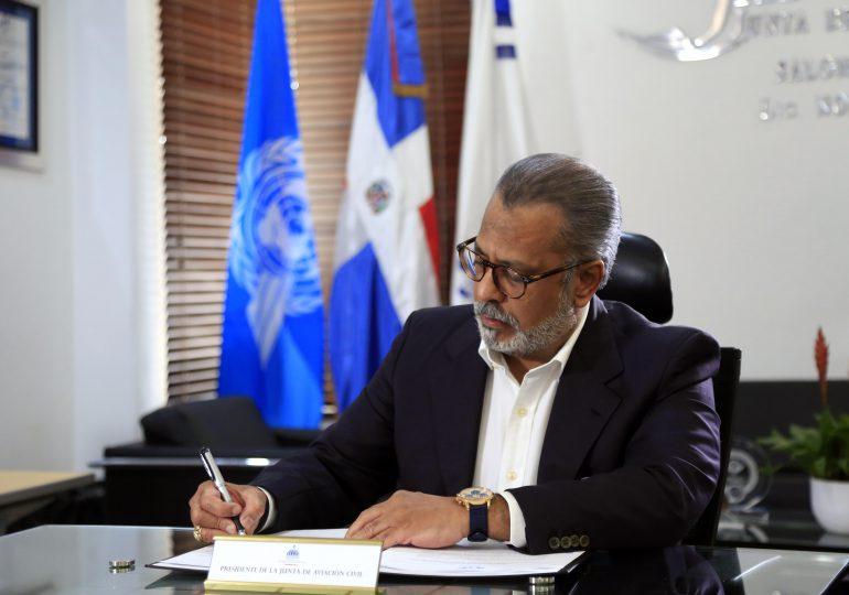 Abinader otorga Plenos Poderes a Marte Piantini para suscribir acuerdo de servicios aéreos con Guatemala