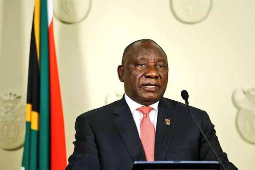 Partido gobernante en Sudáfrica suspende a un alto cargo por corrupción