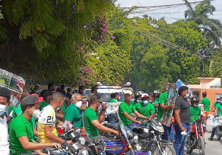Realizan marcha en apoyo a la empresa minera Belfond Enterprise en Barahona