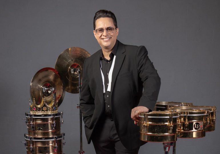 """Tito Puente Jr. celebra el vigésimo aniversario de su padre con el álbum """"The King and I"""""""