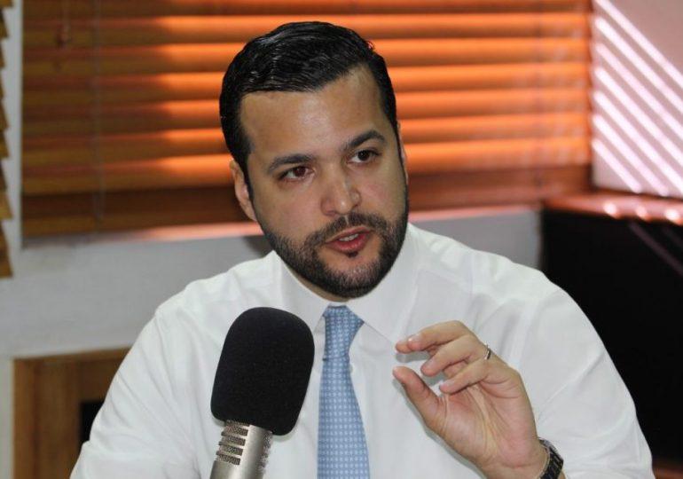 Demandan a Rafael Paz por incumplimiento de prestaciones laborales