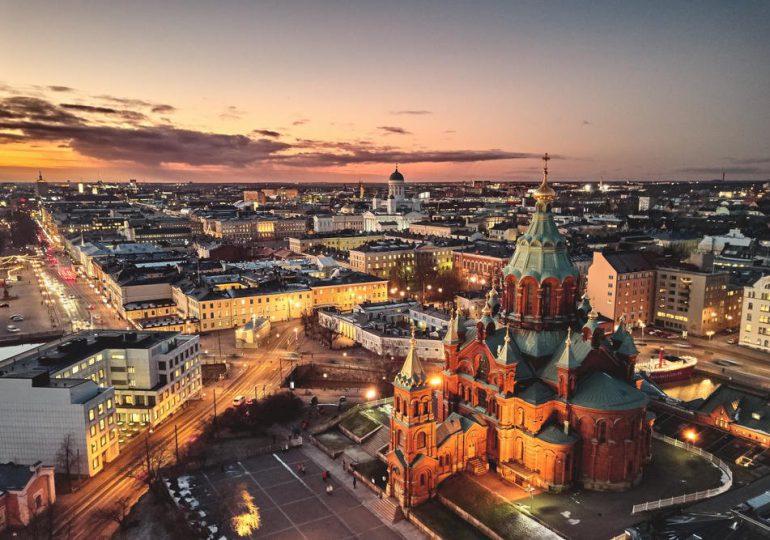 """Finlandia, el """"país más feliz del mundo"""", envejece rápidamente y necesita importar trabajadores"""