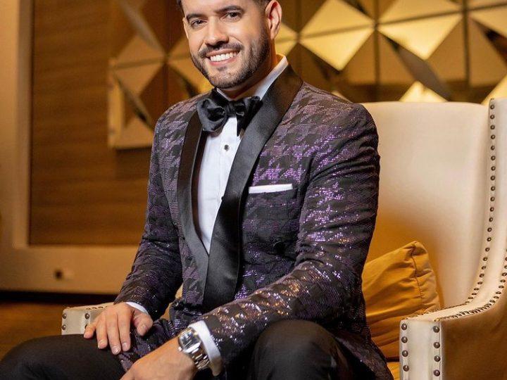 Premios Soberano | Manny Cruz recibe primer premio de la noche
