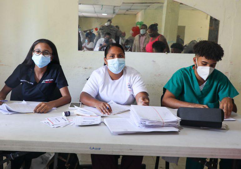 Abinader valora apoyo a jornada especial de vacunación contra el COVID-19
