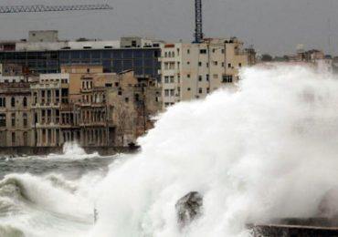 Falsa alarma de tsunami provocó peligrosa estampida en Cuba