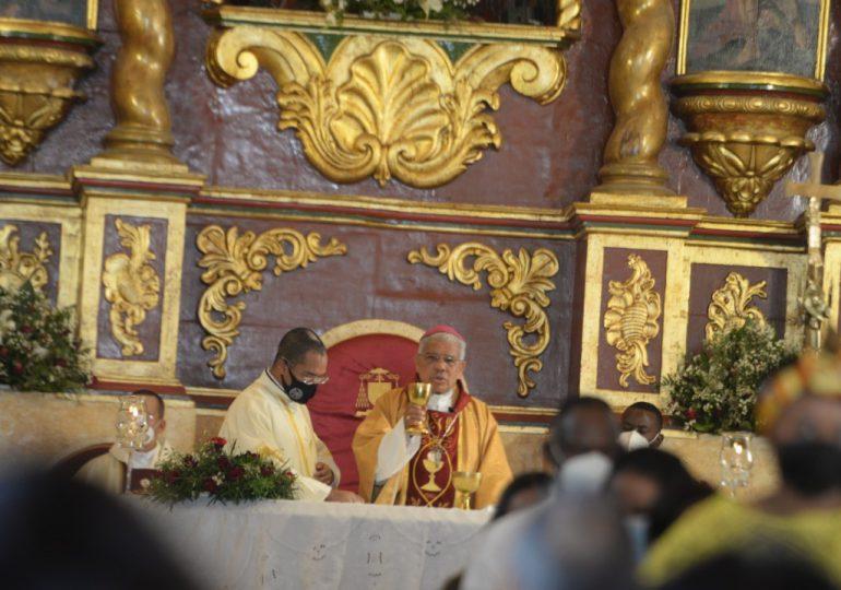 Arquidiócesis de Santo Domingo celebra Corpus Christi