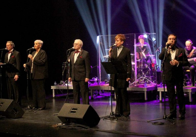 """Esta noche es el concierto streaming """"Mocedades"""" en honor a Armando Manzanero"""