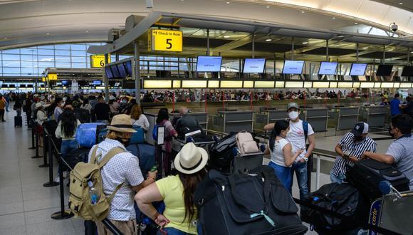 Aeropuertos en EEUU alcanzan mayor número de pasajeros desde inicio de pandemia