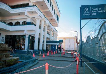Ministerio Público ocupa dinero y armas a miembros de red de lavado de activos