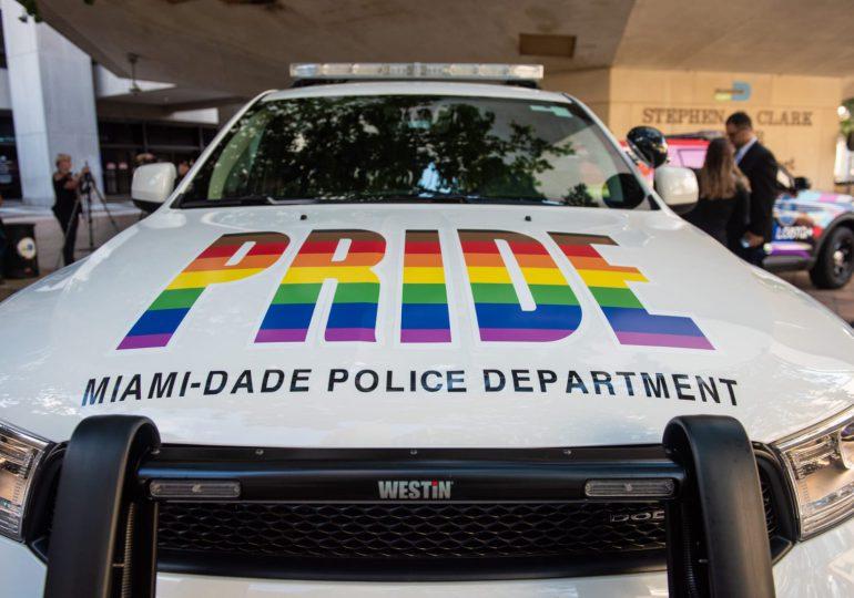 Miami-Dade presenta su primera patrulla policial que representa a los LGBTQ