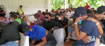 Detienen 123 personas en Pedro Brand por participar en fiesta clandestina