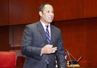 VIDEO | Senador de la Fuerza del Pueblo dice no estar de acuerdo con proceso de escogencia de Defensor del Pueblo
