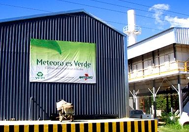 Ministro de Medio Ambiente valora trayectoria de la empresa de reciclaje VERI