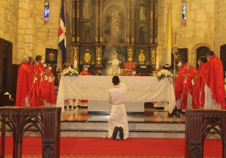 Obispos celebran Eucaristía por el Papa y la 59° Asamblea Plenaria