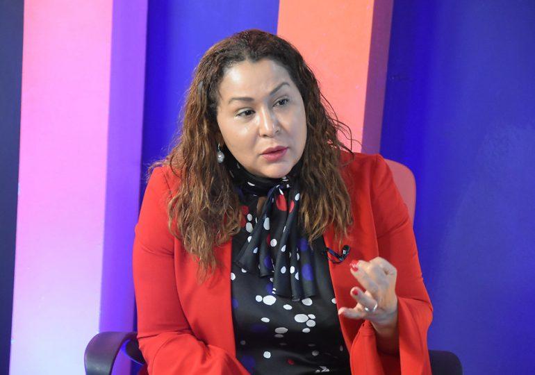 """Ministra de la Mujer: """"Tenemos más de 260 abogadas para atender casos de violencia"""""""