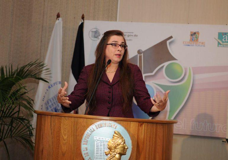 Economista presenta propuesta para uso de fondos de pensiones para primera vivienda
