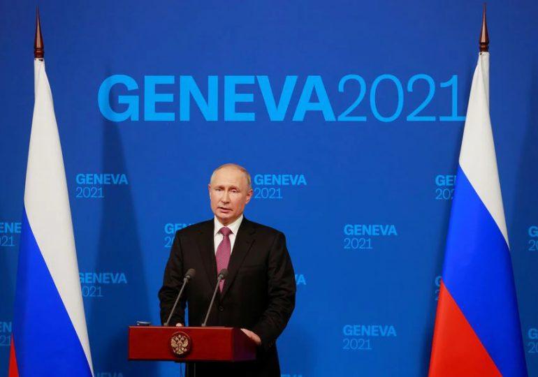 """Putin dice que conversaciones con Biden fueron """"constructivas"""""""