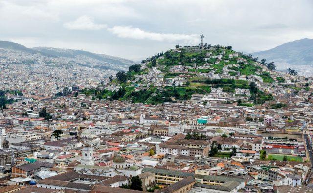 Quito, una metrópoli para admirar desde el cielo y sus templos sincretizados por el tiempo