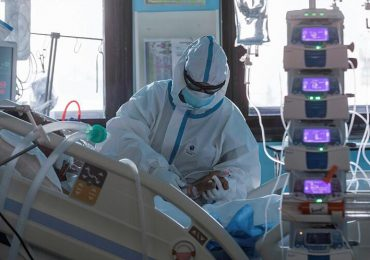 Coronavirus RD | Ocupación camas UCI aumenta a 77%; reportan 906 nuevos contagios