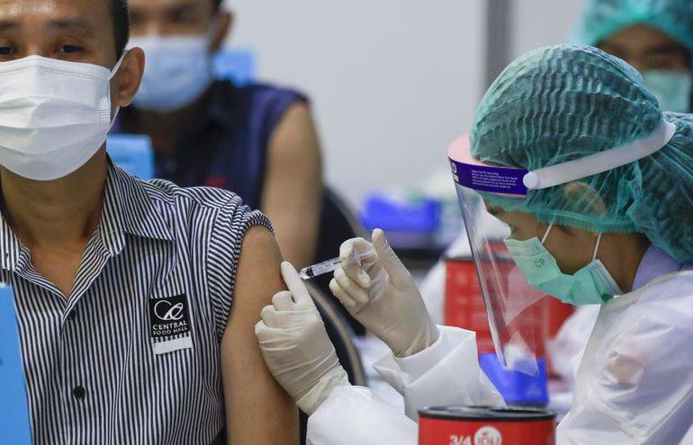 Vacunación masiva en Tailandia, antes del regreso del turismo