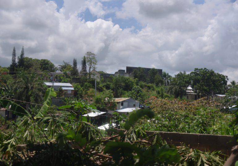 VIDEO | Empresario denuncia invasión de terrenos con supuesto apoyo del cabildo de Pedro Brand