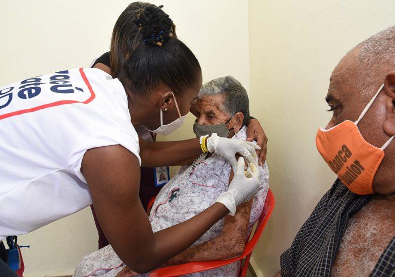 RD podría alcanzar los cinco millones de inoculados al cierre de la jornada especial de vacunación