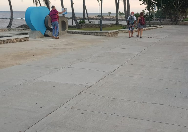 Video | Feriado de Corpus Christi con parques y malecón desolados por toque de queda